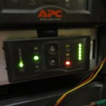 SmartUPS1500RMのバッテリーアラートが出まくっていたので 交換してみた
